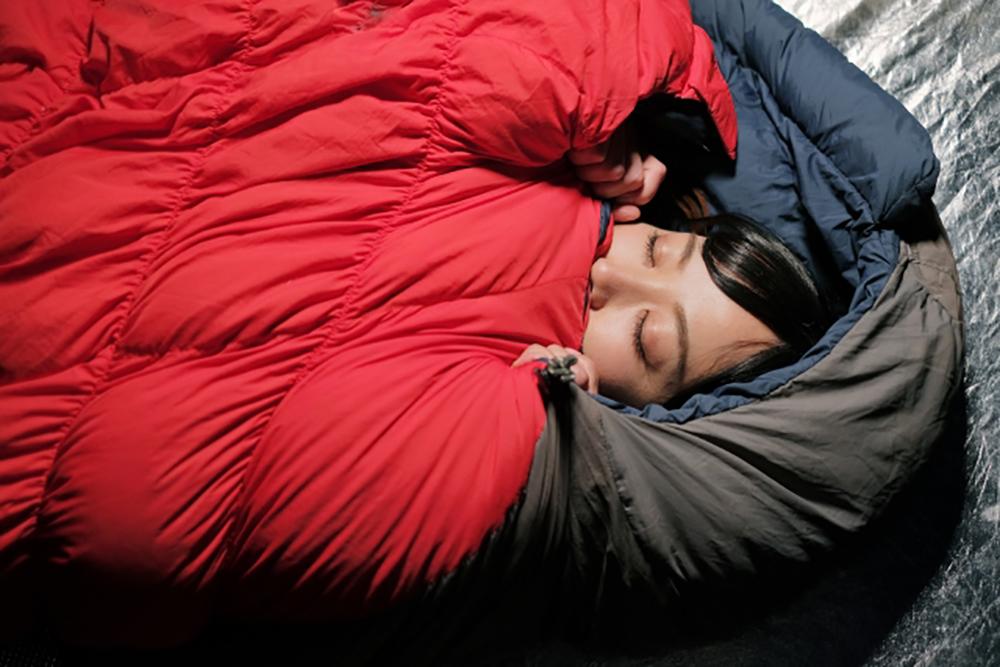 「寝袋」が快眠を左右する! 妥協厳禁のシュラフ選びとは