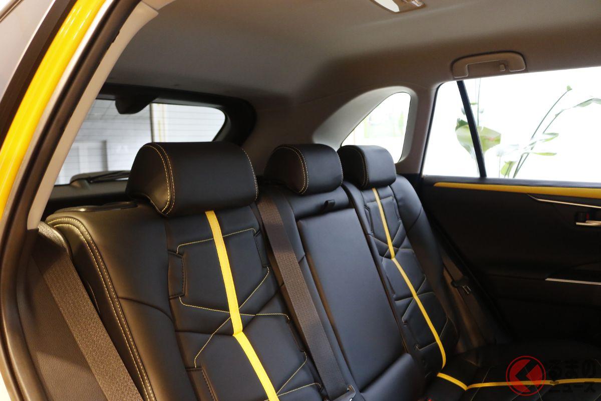 ド迫力の高級セダン爆誕! ミツオカ新型「ガリュー350 リミテッド」を限定1台で発売! レトロなV6セダンの正体とは