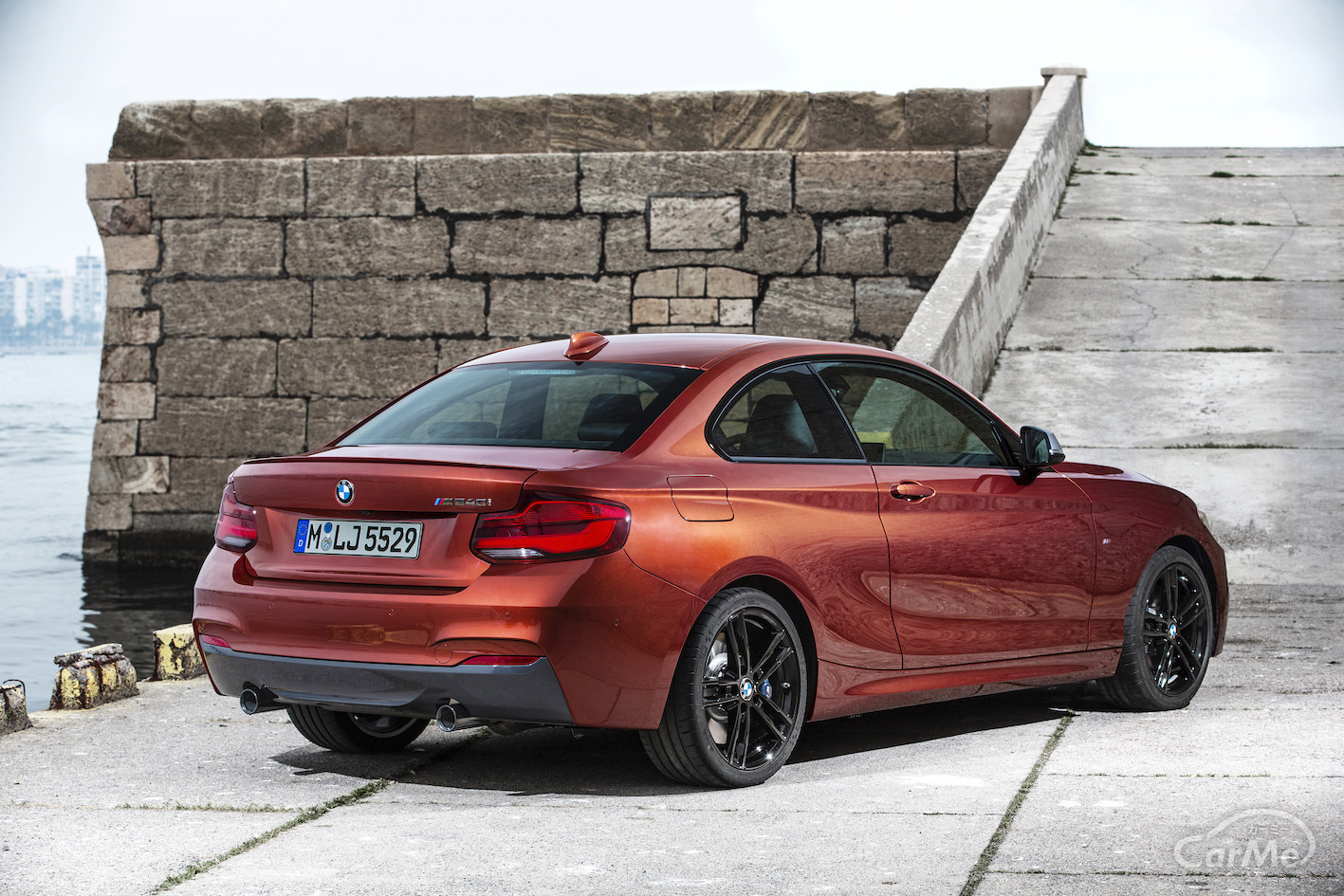 BMW 初代2シリーズの荷室の広さは車種によってこんなにも違う!