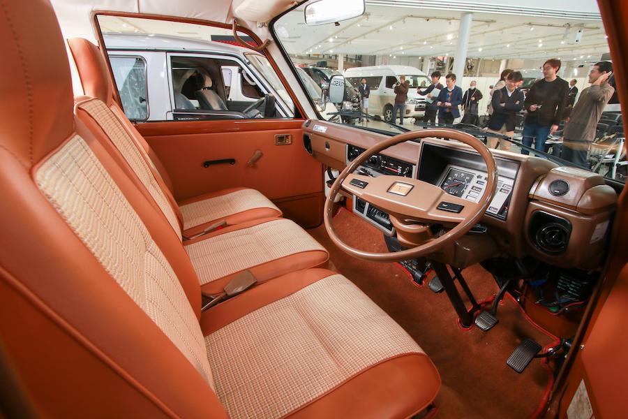 日本が誇る「商用車の王様」!「ハイエース」54年の歩みをプレイバック