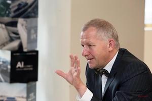 ジャガー・ランドローバー幹部に訊く Iペイスの評価、次期XJのEV化、新型イヴォークの意味