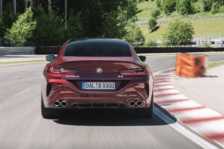 ドイツ御三家も超えるスポーツ性と快適性の二面性をもつアルピナの頂点「B8 グランクーペ」の実力とは?