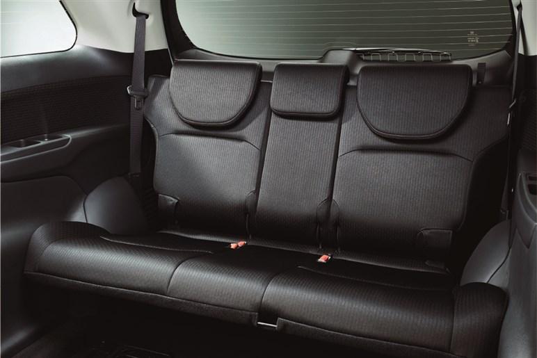 年内終了のホンダ オデッセイは昨年の改良で内外装が進化。価格のこなれたガソリンモデルがねらい目