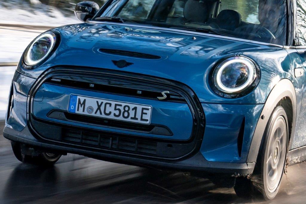 MINIお前もか!? BMWがMINIの100%EVブランド化を発表! その衝撃とは