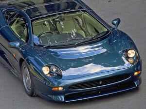 【スポーツカー年代記 047】最高速度220mphを目指したジャガー初のスーパーカー「XJ220」