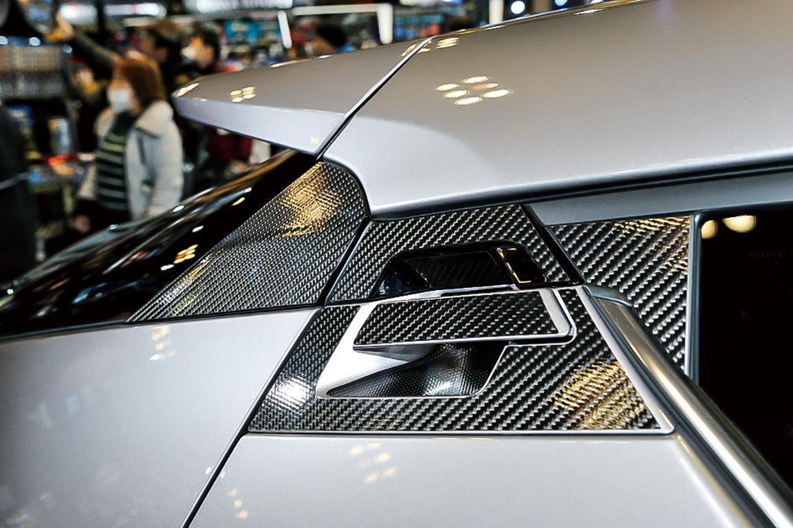 とにかく「アガる」ことだけは確実! 性能向上ゼロの自動車「なんちゃってカスタム」5選