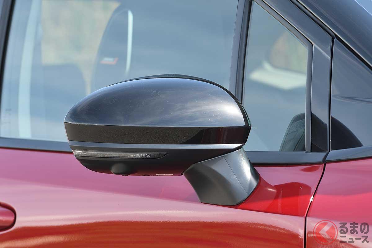 日産新型「オーラ」初公開! 20馬力上乗せの豪華仕様!? 3ナンバーゆとりボディBセグの特徴は?