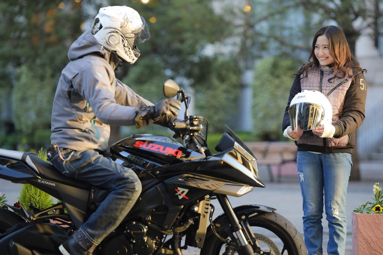 スズキのカタナで女子と二人乗りしたら、たぶん超〇〇な状態になるんじゃないか?【SUZUKI KATANA/タンデムインプレ 前編】