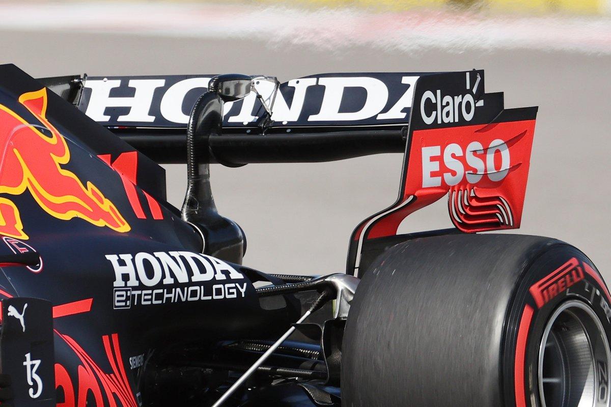F1メカ解説 超ロングストレート2本のソチに、各チームが持ち込んだハイダウンフォース仕様