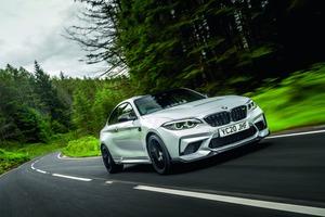 【詳細データテスト】BMW M2 ミドシップ勢に肉薄するハンドリング ハードでもしなやかな足回り 価格と重量には不満あり