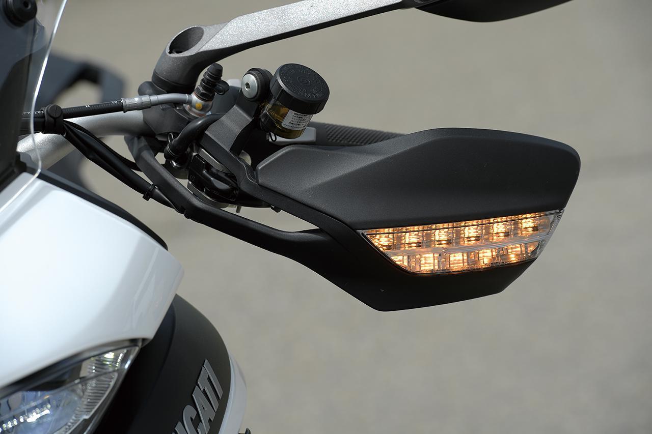【インプレ】ドゥカティ「ムルティストラーダ950 S」を徹底解説|街乗りからオフロードにまで対応する魅惑のライディングモード