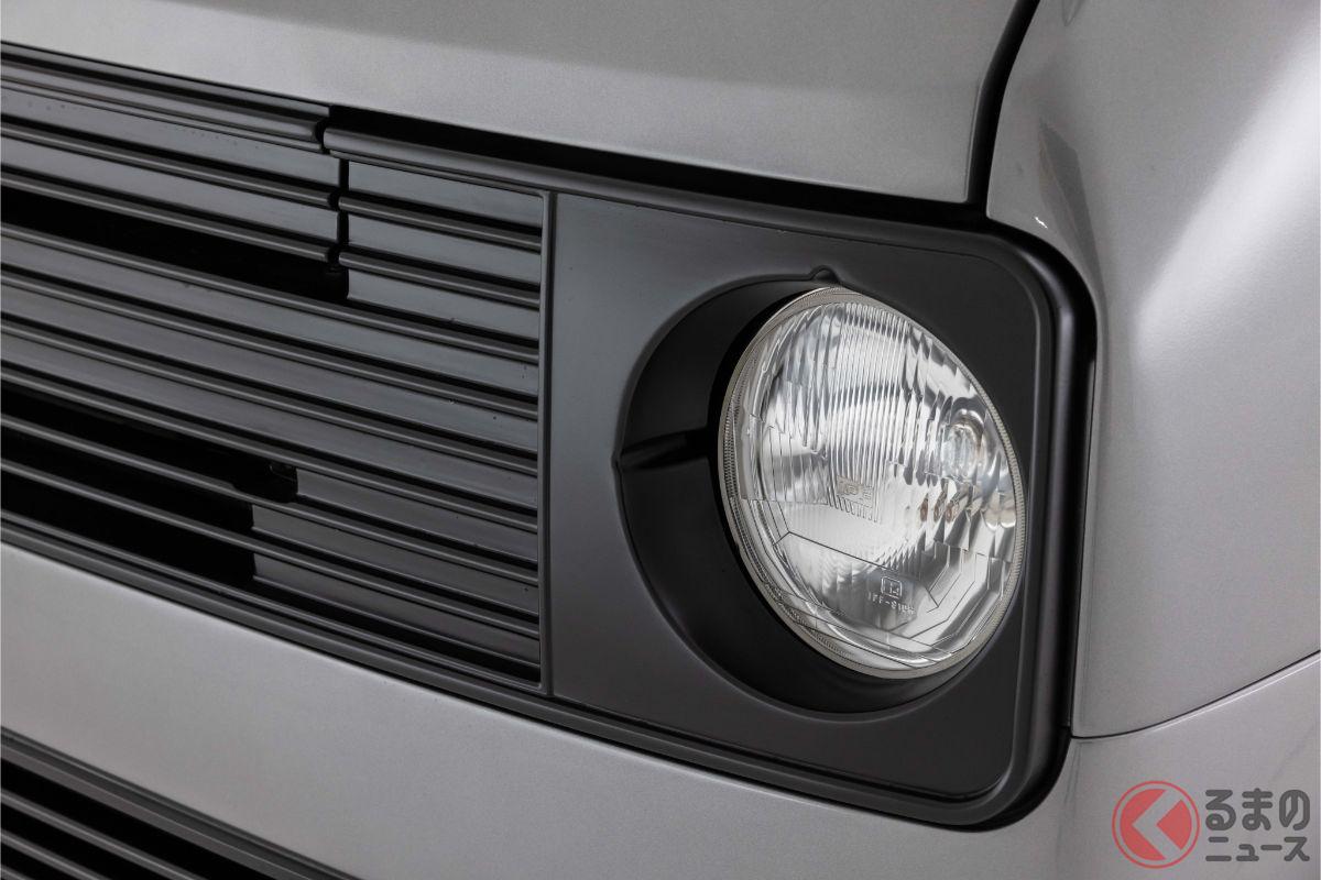 丸目4灯トヨタ「ハイエース」爆誕!? 超レトロで面影ナシ! プロもびっくりな仕様とは