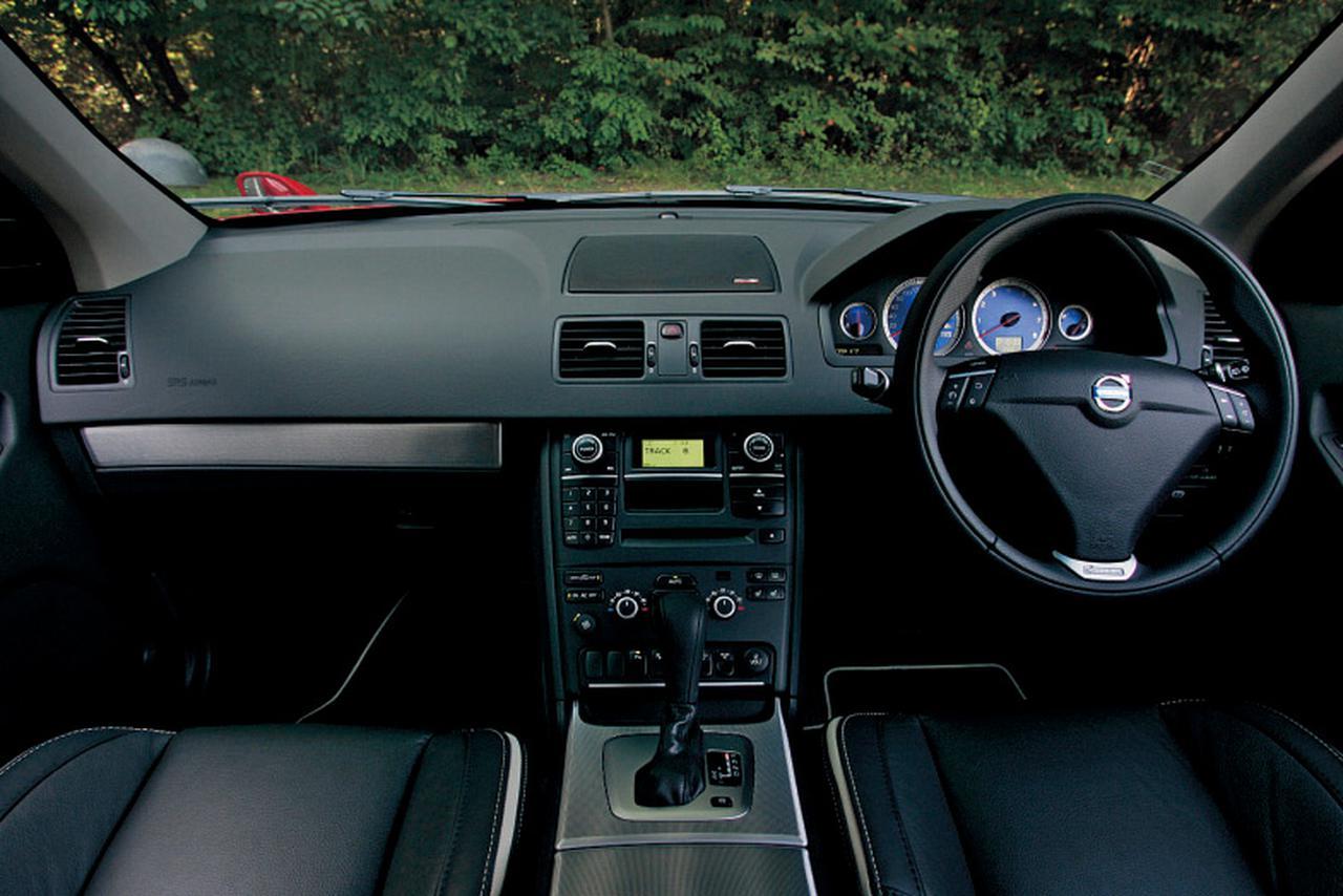 【試乗】限定車ボルボ XC90 3.2 デザインは装備が特別なだけじゃなかった【10年ひと昔の新車】