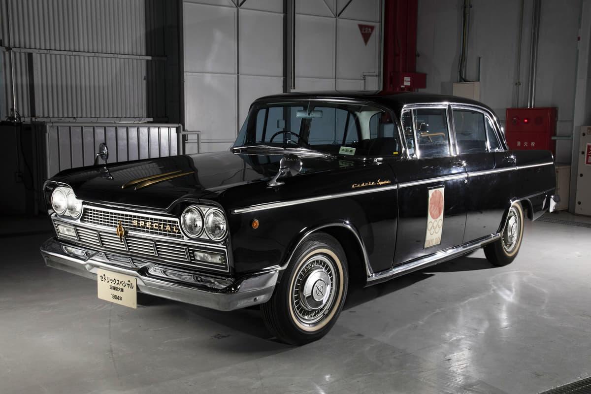「特製岡持ち」で聖火を搬送! 1964年東京オリンピックで大活躍した「セドリックスペシャル」