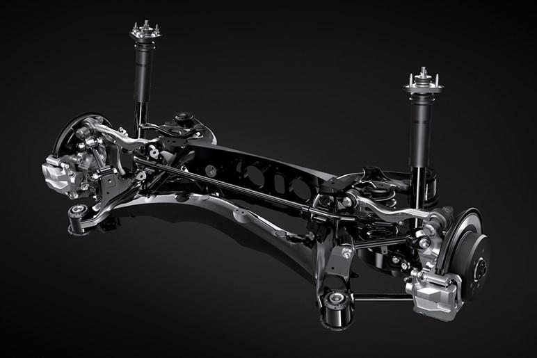 レクサス IS ベストグレードはIS300のFスポーツ。8年目の大幅改良でドイツ車に匹敵する走りを手に入れた