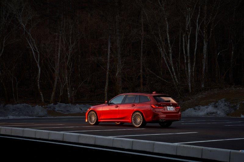 アルピナ初のハイブリッドシステムを採用!パワーも燃費も追求したBMW ALPINA「D3 S Limousine/Touring」