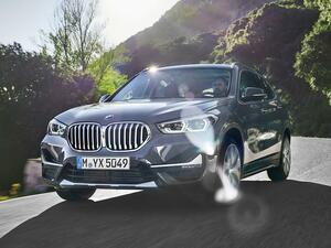 BMW X1 xDrive18dの装備を充実化するともに、車両価格を変更。さらにグレード展開も整理
