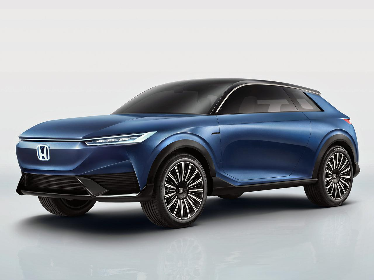 ホンダが北京モーターショーで電気自動車のコンセプトモデル「ホンダ SUV e:コンセプト」を世界初公開