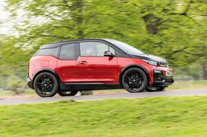 【発売から8年目でなぜ?】BMW i3、欧州で約50万円の値上げ 2024年まで生産継続決定