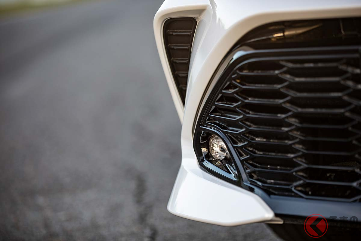 トヨタ「カローラ」なぜ前年比77%? 勝負の年度末で台数伸びなかった訳