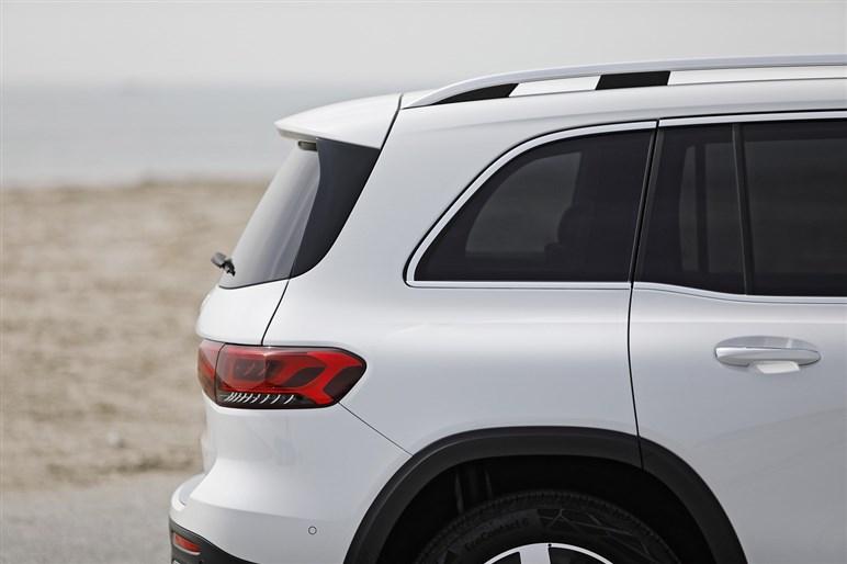 500万円台前半で買える3列シートSUV「GLB」はメルセデス初心者のベストモデルかも