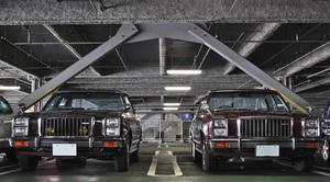「2台のルーチェレガートが並んだ奇跡的な光景」グレード違いの装備やディテールを比較する!【ManiaxCars】