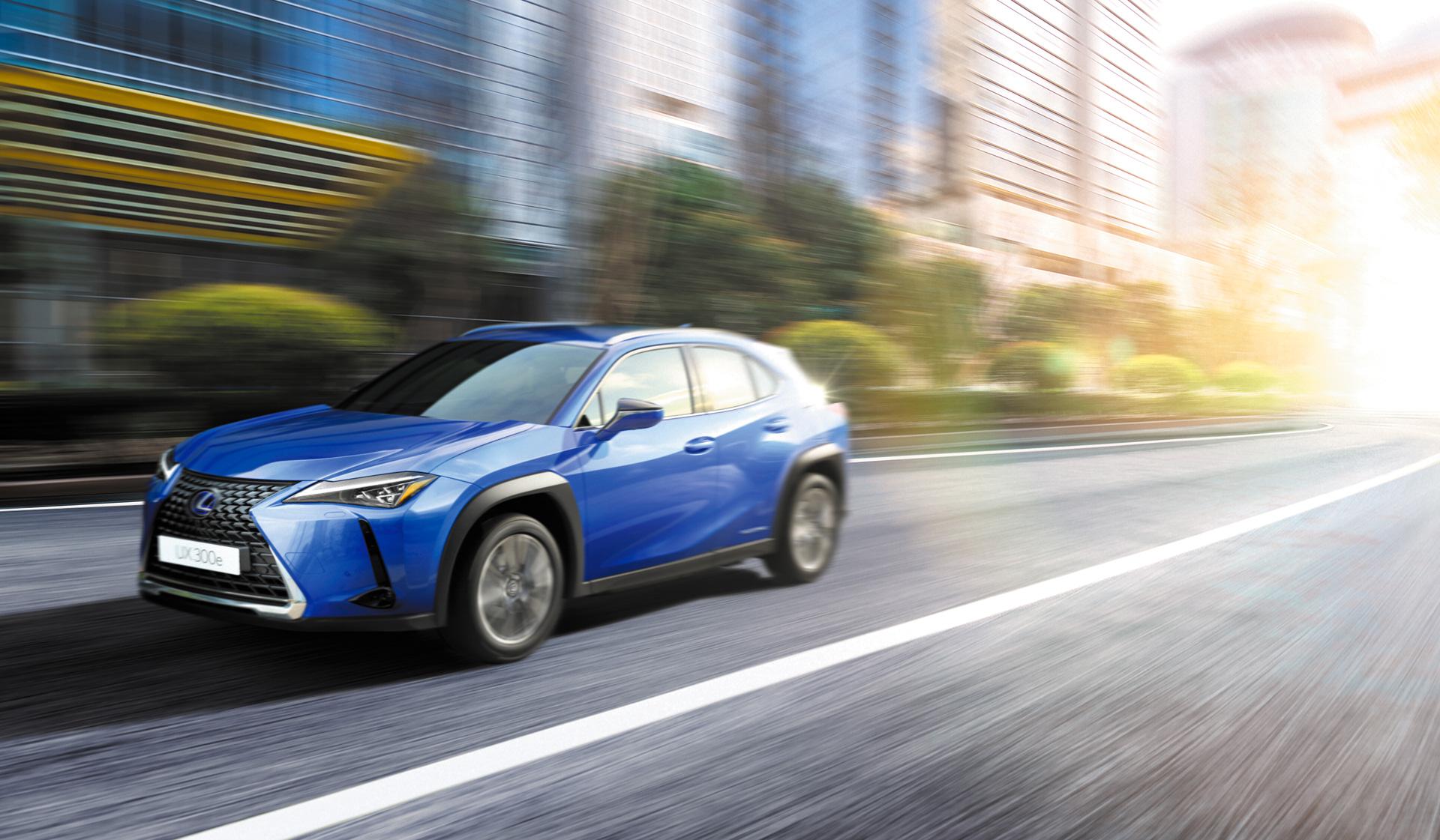 限定135台!レクサス初の電気自動車「UX300e」の申し込み受付がスタート