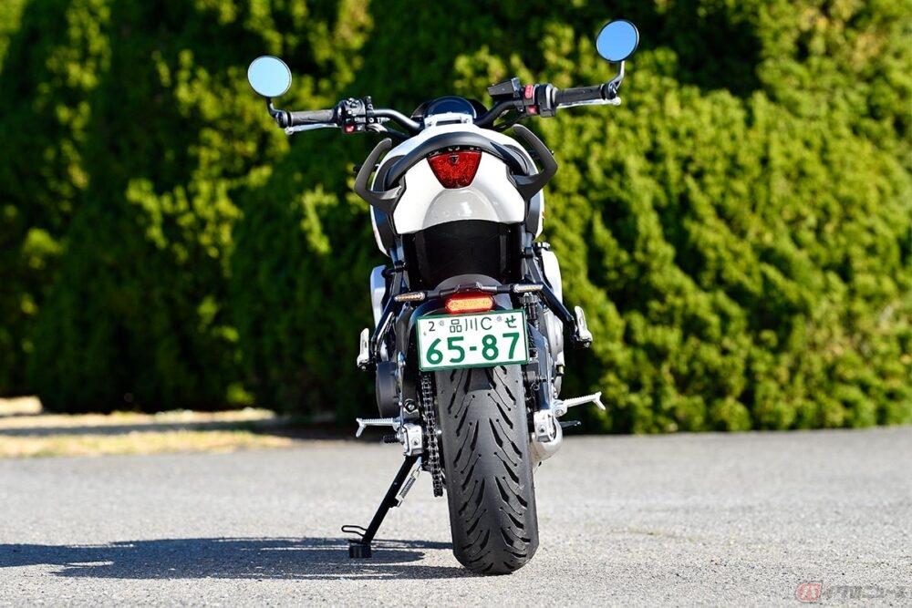 3気筒エンジンを搭載するトライアンフ新型「トライデント660」 見た目も走りも過不足ない車体で価格100万円以下はお見事