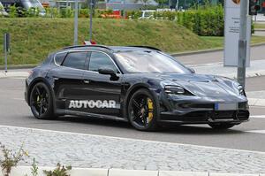 【ポルシェ 新型EVワゴン】タイカン・クロスツーリスモ 最上位は762ps 2021年欧州で発売