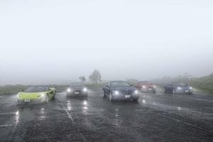 【比較試乗】「ジャガーFタイプ vs アストンDBS vs ロータス・エヴォーラ vs ベントレー・コンチGT vs マクラーレン600LT」英国老舗ブランドの真価と進化