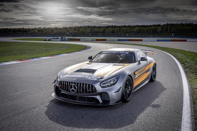 アマチュアからの人気が高い量産車ベースのカテゴリー「GT4」、GT3とは違うその魅力とは?【EDGE MOTORSPORTS】