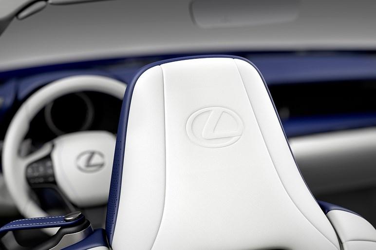 レクサスLC500コンバーチブルがLAショーで世界初披露。日本での発売は2020年夏を予定