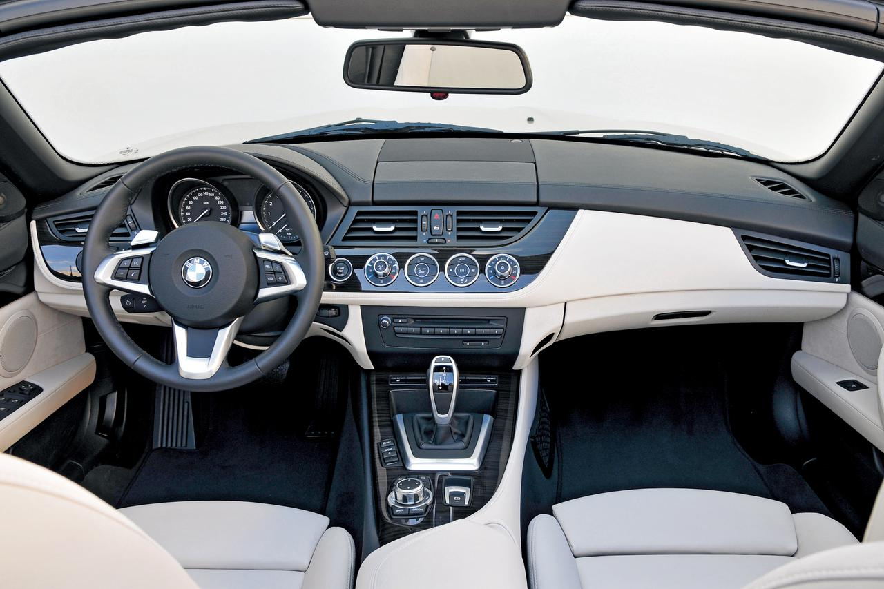 2代目BMW Z4(E89型)がメタルトップで得たもの、失ったもの【10年ひと昔の新車】