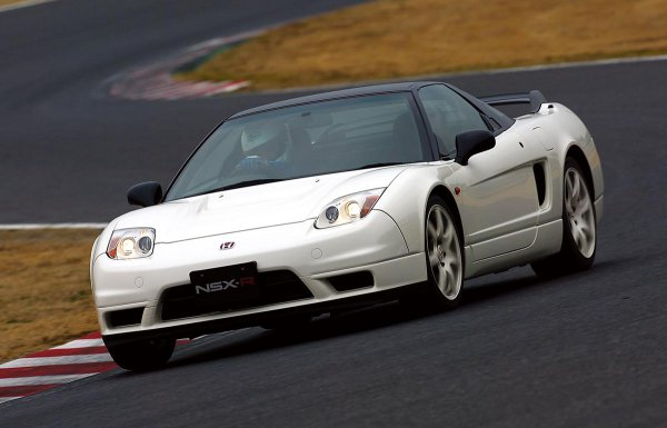 スパルタンさ半端ねぇ! ホンダ初代NSXタイプRはレーシングスピリットあふれるスーパースポーツだった!!