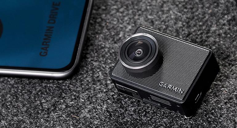 Wi-Fi搭載でスマホに映像をアップロードしたり編集ができるガーミンの小型ドラレコ「Garmin DASH CAM 47Z/Mini 2」