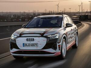 アウディ Q4 eトロンは、エンジンの新規開発凍結、電動化路線を行くアウディのピュアEV