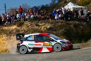 トヨタ、今夜Wタイトル獲得の可能性あり。ラトバラ「優勝は少し遠ざかったが、悪くない1日」/WRCスペイン