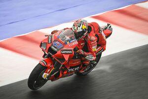MotoGPエミリア・ロマーニャFP2:ジャック・ミラー、濡れた路面で速さ際立つ。クアルタラロ苦戦16番手