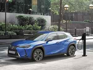 レクサスがブランド初の市販EVモデルとなる「レクサス UX300e」を発表