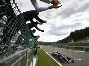 F1第7戦ベルギーGP、ハミルトンがまたもポールtoウイン。フェルスタッペンは勝負を挑めず3位【モータースポーツ】