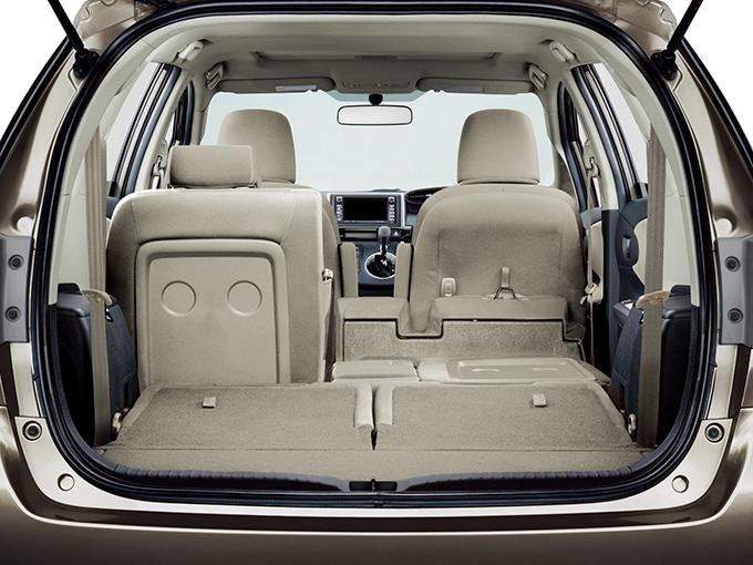 トヨタ ウィッシュ スポーティミニバンらしさが光る1.8Sに注目すべし!【予算100万円ならコレが買い】