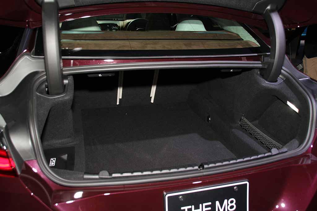 「BMW8シリーズ・グランクーペ」に最高峰のMモデルが追加!