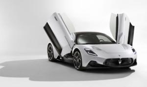 0-100km/h加速は2.9秒、最高速度は325km/h!100%自社開発のV6エンジンを搭載したマセラティのスポーツクーペ「MC20」