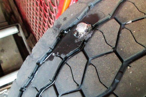 雨の日はパンクにご注意を! 雨とタイヤのフシギな関係!?