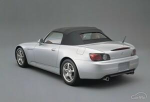 ホンダ S2000の収納機能はどれくらいあるのか? 2シーターオープンカーの実力に迫る(ABA-AP2型)