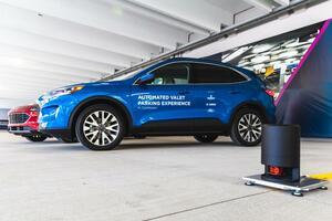 フォード、ベッドロック、ボッシュ:駐車を容易にする高度自動運転車両技術のデモンストレーションをデトロイトで開始