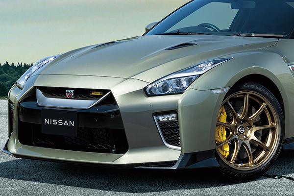 日産「GT-R」2022年モデルを発表! 緑色みたいな「T-spec」も登場