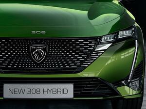 プジョー 308が8年ぶりのフルモデルチェンジ。新ブランドロゴを採用し、全長は10cm以上長く