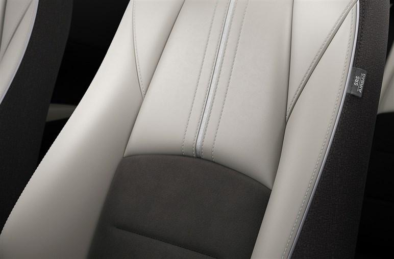 マツダ2 設計年次は気になるがライバルを圧倒する内装センスがある