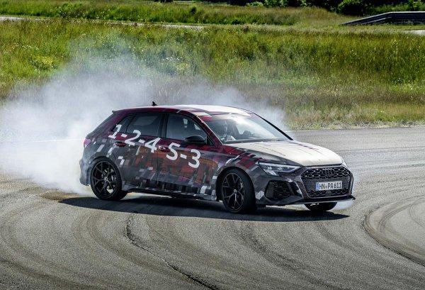 アウディのハイパーコンパクト 新型「RS3」はCセグ最速290km/hの実力!!